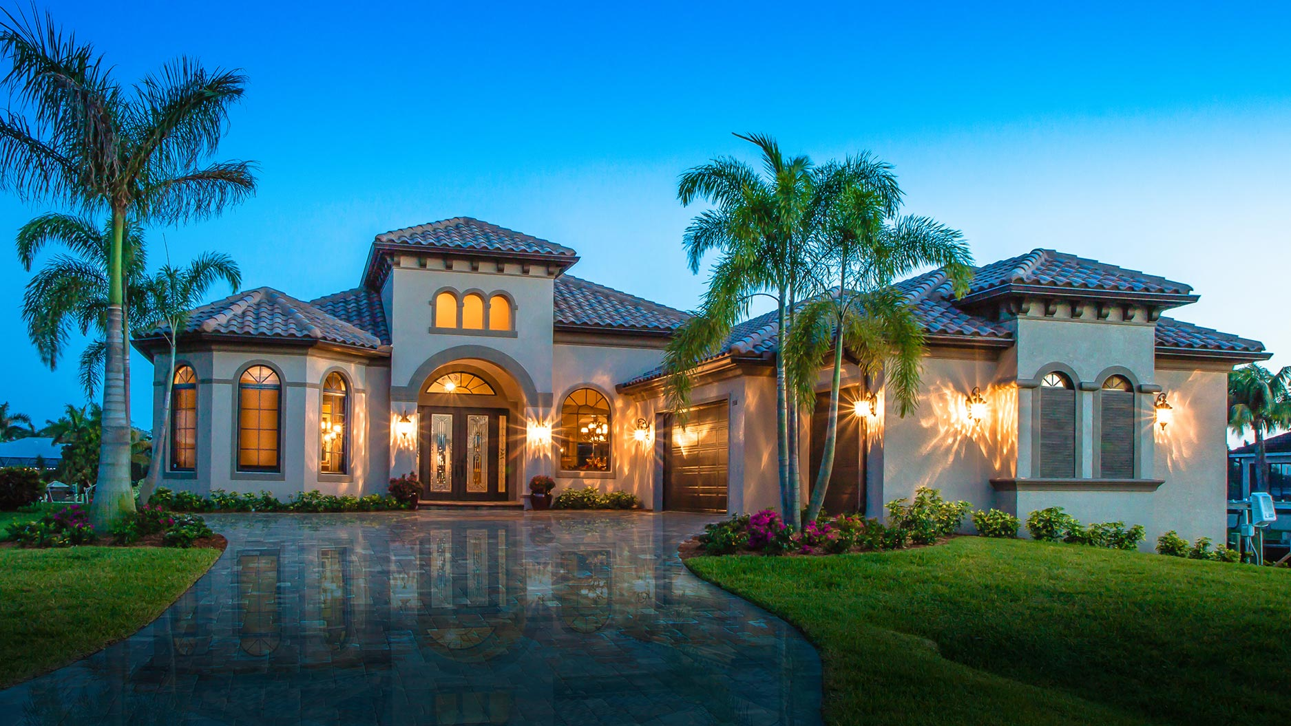 Gargulia construction southwest florida custom home for Luxury houses in florida