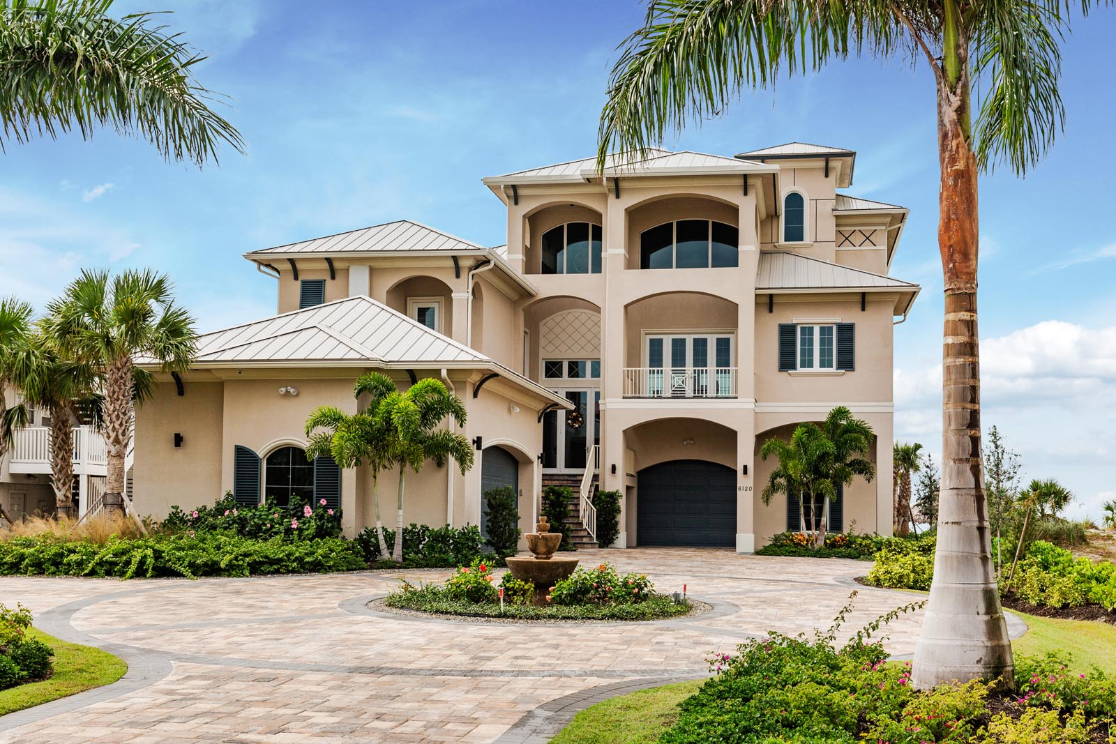 Gargiula construction southwest florida custom home for Southwest home builders